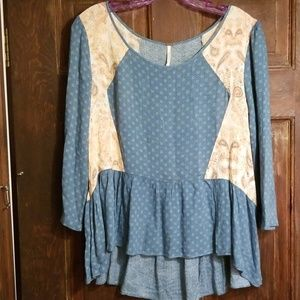 BOHO FREE PEOPLE BABYDOLL TOP.SO PRETTY!